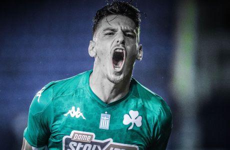 Ο Τάσος Χατζηγιοβάνης του Παναθηναϊκού πανηγυρίζει το γκολ που σημείωσε κόντρα στον Ατρόμητο, σε αναμέτρηση για τη Super League 1 2019-2020, Δημοτικό Στάδιο Περιστερίου, Κυριακή 20 Οκτωβρίου 2019
