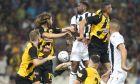ΑΕΚ και ΠΑΟΚ θα διεκδικήσουν στα playoffs της Super League την 2η θέση και το εισιτήριο για τα προκριματικά του Champions League 2020-2021. (ΦΩΤΟΓΡΑΦΙΑ: ΜΑΡΚΟΣ ΧΟΥΖΟΥΡΗΣ / EUROKINISSI)