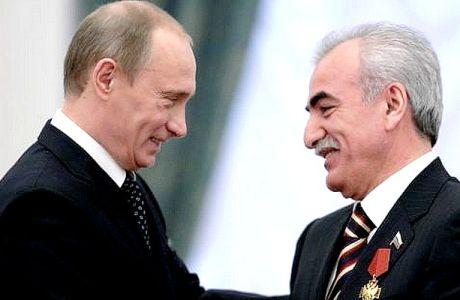 """""""Η κυβέρνηση χαρίζει τα χρέη στον φίλο του Πούτιν"""""""