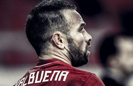 Το συμβόλαιο του Ματιέ Βαλμπουενά λήγει στο τέλος της σεζόν, αλλά ο Ολυμπιακός προτίθεται να το ανανεώσει