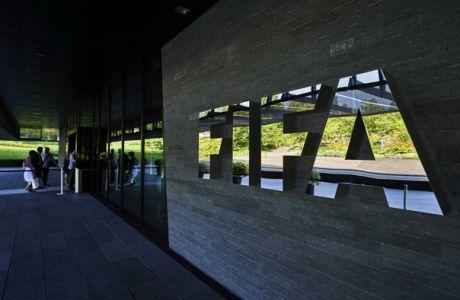 Εργάτης μηνύει τη FIFA για απάνθρωπη αντιμετώπιση στο Κατάρ