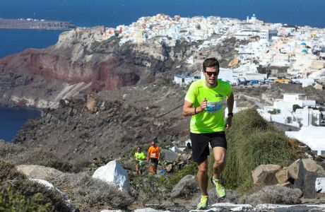 Running photo @ Santorini Experience