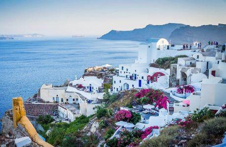 Αυτοί είναι οι δημοφιλείς τουριστικοί προορισμοί που ανοίγουν πρώτοι τις πόρτες τους στους τουρίστες