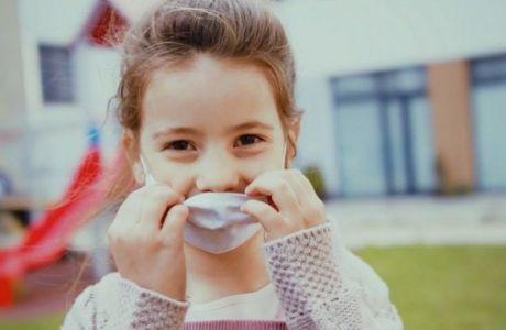 Ένα καθαρό σχολείο για κάθε παιδί, ένα χαμόγελο πίσω από κάθε μάσκα
