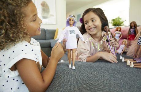 Η Νευροεπιστήμη «μίλησε»: Να γιατί τα παιδιά πρέπει να παίζουν με κούκλες