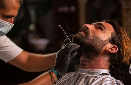 2 απλά tips από τον Δημήτρη Αλεξάνδρου για να περιποιηθείς τα μούσια και τα μαλλιά σου