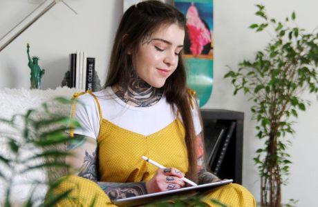 """Wild & Free"": Η Roza μάς μιλά για τη συνεργασία με τη Nivea & την τέχνη των τατουάζ"
