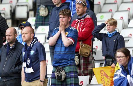 """Ο Σικ έκανε """"do or die"""" τη μονομαχία της Σκωτίας με την Αγγλία"""
