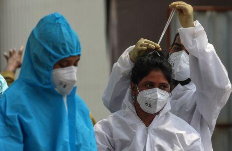 Ποιες χώρες συνεχίζουν να έχουν τον υψηλότερο αριθμό θανάτων από κορωνοϊό