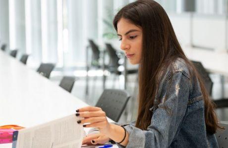 Με σπουδές στα πανεπιστήμια Κύπρου, είσαι πάντα ένα βήμα μπροστά από τις εξελίξεις